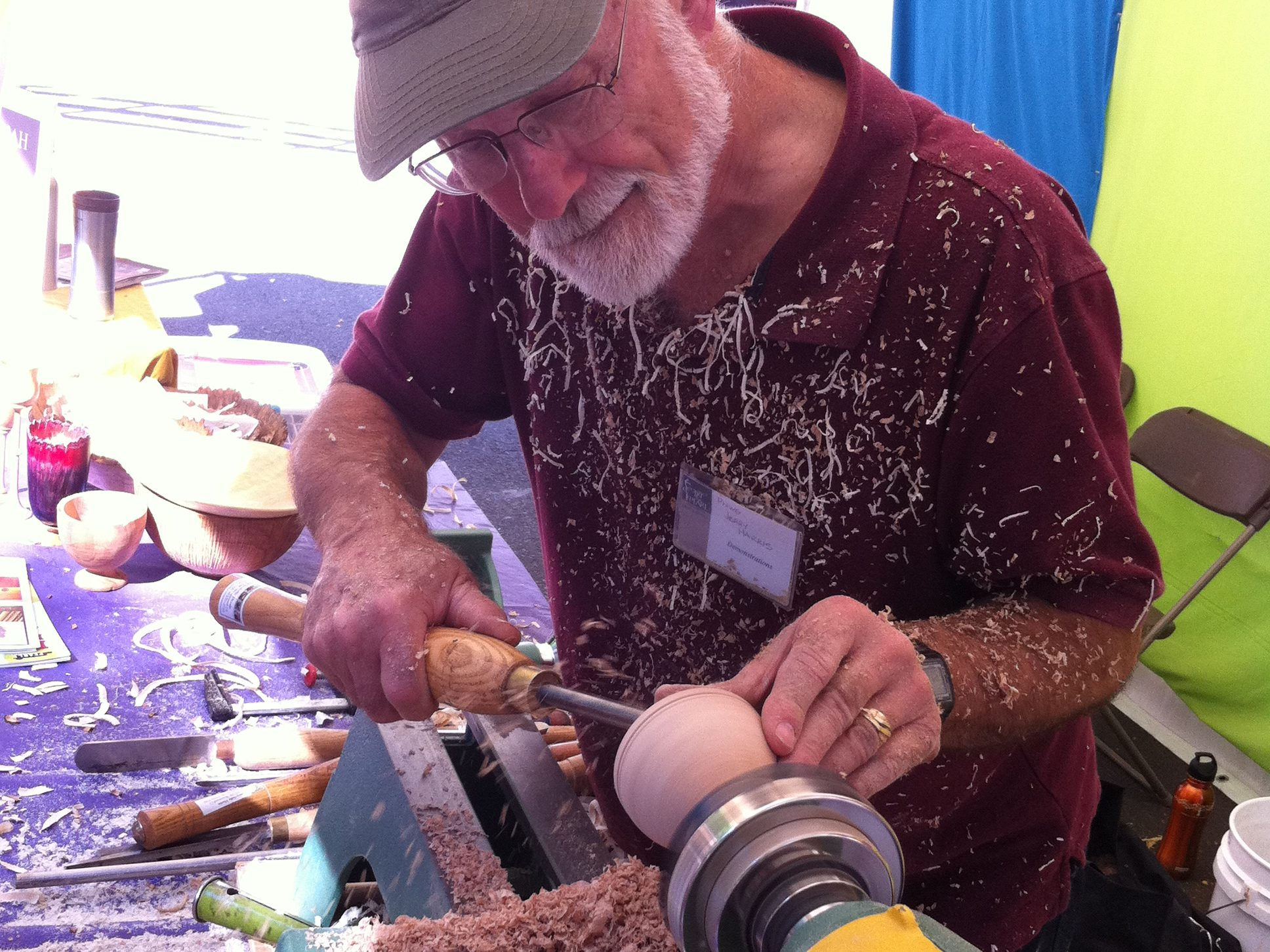 Woodturning at Art in the Pearl 040